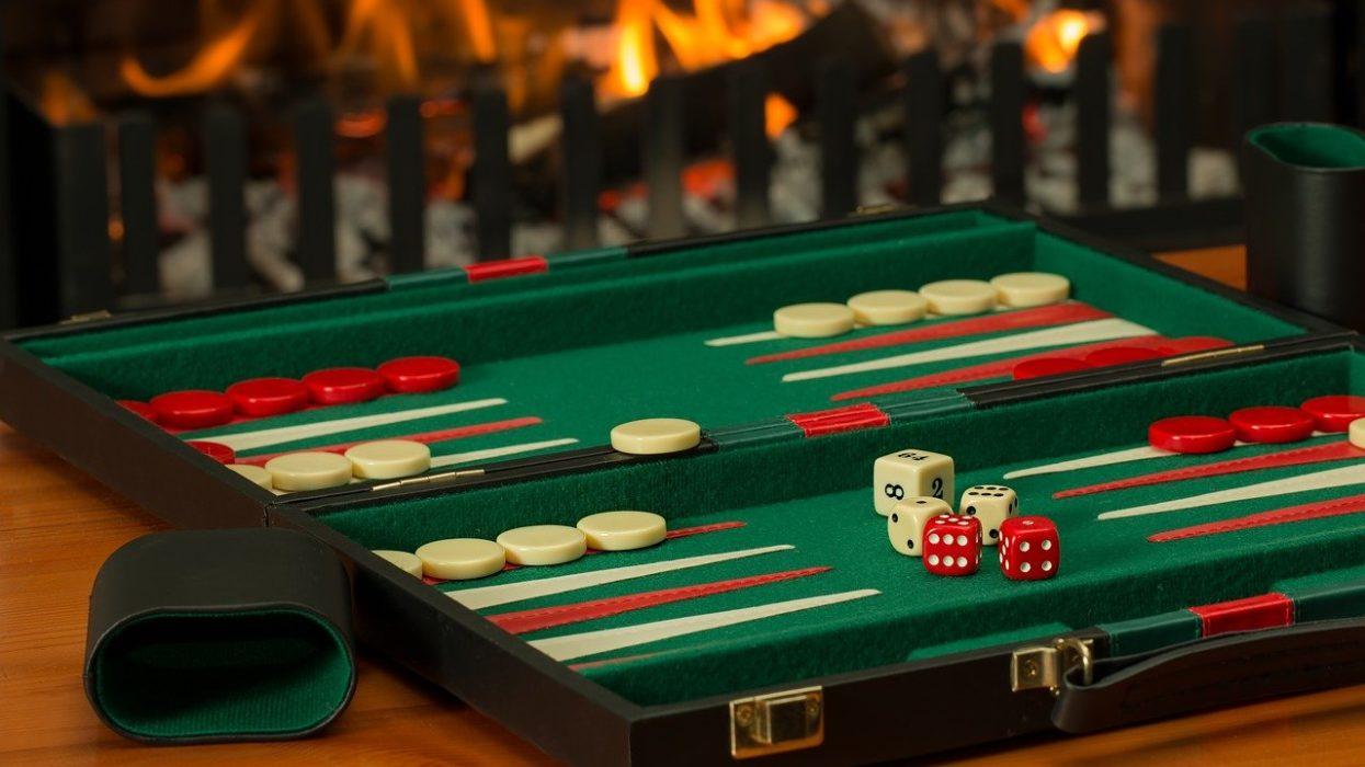 Backgammon History